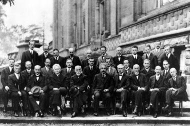 Die Theorien Einsteins